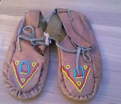 15K24660 INDIAN MOCCASINS.jpg
