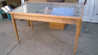 15K24705 HOPALONG CASSIDY TABLE (1).jpg