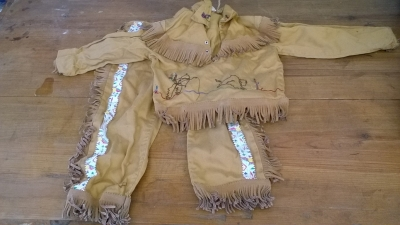 15K24711 CHILDS INDIAN COSTUME.jpg