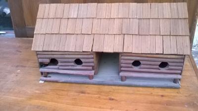 15K24724 LOG CABIN BIRD HOUSE.jpg