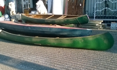 15K24742-45 3 VINTAGE CANOES AND A KAYAK (6).jpg
