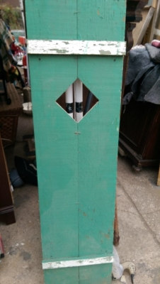 15K24762 PAIR OF GREEEN AND WHITE SHUTTERS WITH DIAMOND CUTOUTS (4).jpg
