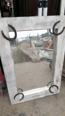 15K24777 WHIRE FRAMED MIRROR WITH HORSESHOES.jpg