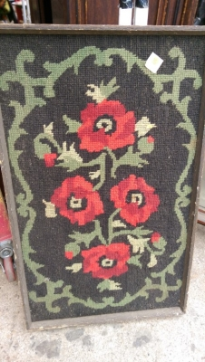 15K24778 FRAMED NEEDLEPOINT ROSES.jpg