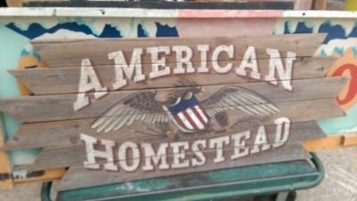 15K24786 AMERICAN HOMESTEAD SIGN.jpg