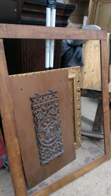 15K24789 LARGE STAINED RUSTIC FRAME.jpg